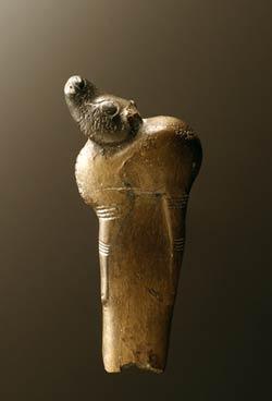Carved animal on a Natufian handle