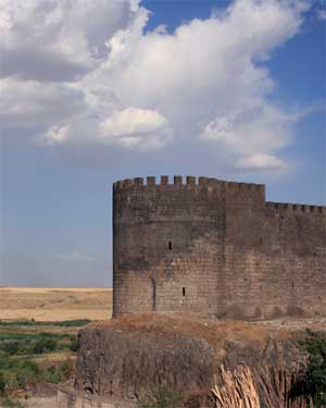 Citadel of Diyarbakir overlooking the Tigris valley